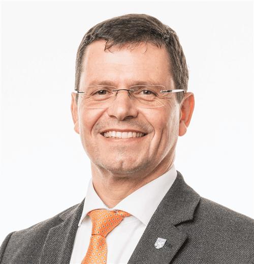 Dr. Günter Trettenhahn